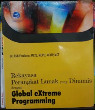 Rekayasa perangkat lunak yang dinamis dengan global extreme programming
